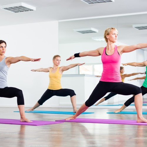 Adaptive-Yoga-Class-Aimed-at-Helping-Traumatic-Brain-Injury-Patients.jpg